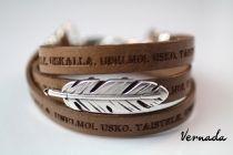 Vernada® Design -nahkakäsikoru, HÖYHEN, 10mm, KAAKAO, Unelmoi. Usko. Taistele. Uskalla., kieputettava nahkaranneke,  # bohemian style  #Vernada #jewelry #koru #nahkaranneke #bracelet #wraparound #leather #suomestakäsin #finnishdesign #nahkakoru #käsityökortteli