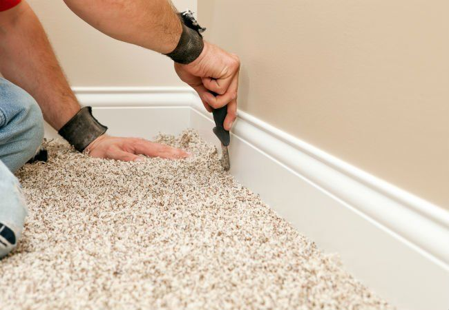 5 Things To Know Before Ripping Up Carpet Yourself Removing Carpet Carpet Installation Carpet Fitters