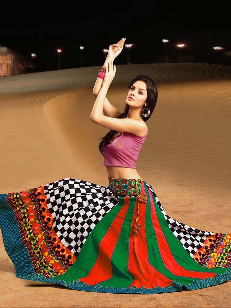 Captivating checks print multicolor cotton skirt. Item code : SKPG293762N http://www.bharatplaza.com/new-arrivals/skirts/captivating-multicolor-skirt-skpg293762n.html