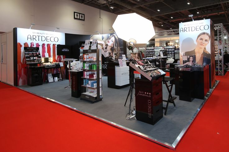 Chleo Enterprises were exhibiting the Art Deco and MissLyn brands at Professional Beauty London. The challenge of how to represent both brands in the same space