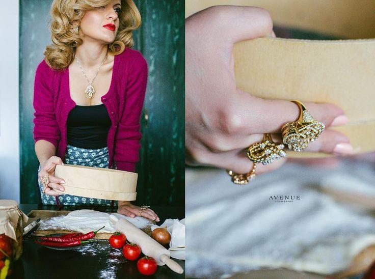 В Avenue Joaillerie вы найдете роскошные ювелирные изделия которые подчеркнут Ваш стиль и индивидуальность!  Кольца из классического желтого золота с бриллиантами  Подвеска Аль Фатима äläm с цитринами и бриллиантами  #jewellery #ring #necklace #pendant #gold #diamonds #beauty #women #avenuevsco #vscogood #vscobaku #vscocam #vscobaku #vscoazerbaijan #instadaily #bakupeople #bakulife #instabaku #instaaz #azeripeople #aztagram #Baku #Azerbaijan