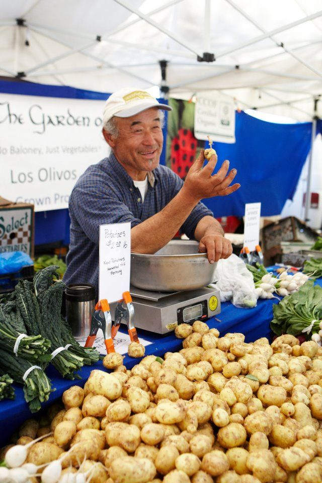 Wednesday is Market Day at Altadena Farmers' Market in California 3 - 7pm at 600 West Palm Street http://www.farmersmarketonline.com/fm/AltadenaFarmersMarket.html