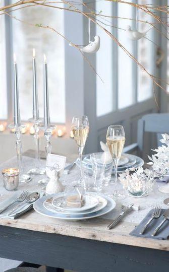 Une table de fête poétique et immaculée - Pinterest : les 15 plus belles tables de Noël - CôtéMaison.fr