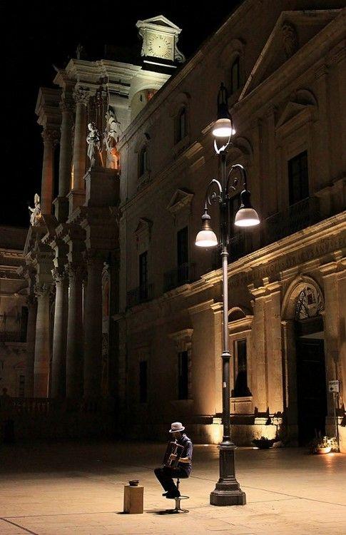 bluepueblo:  Night Music, Siracusa, Sicily, Italy photo via chris