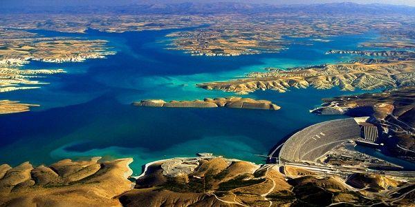 Ο Ερντογάν απείλησε τους Κούρδους με κόψιμο των νερών του Ευφράτη: Θα πεθάνετε από τη δίψα  Απειλεί και το Ισραήλ!
