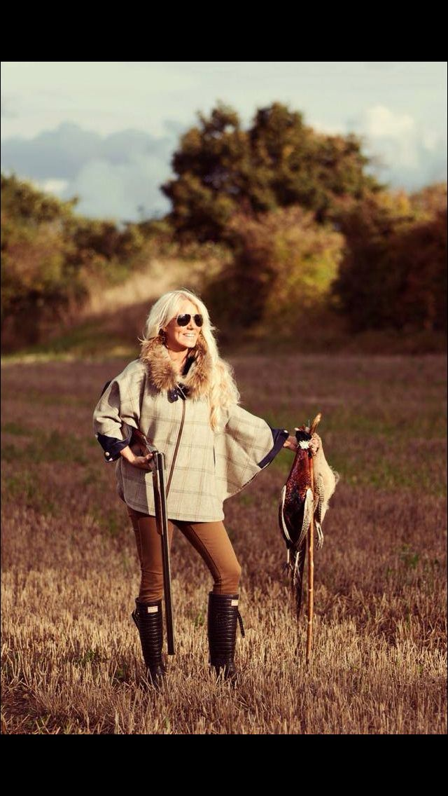 Holland Cooper tweed and fur capes spotted out on the shooting field www.hollandcooper.com