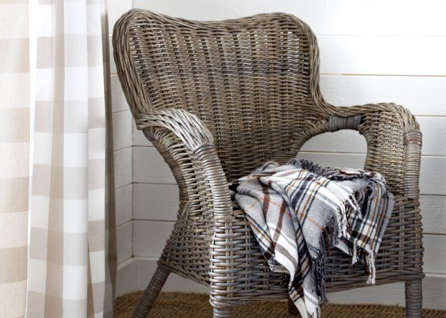 357 best images about coussins et plaids cushions on pinterest hay design zara home and chalets. Black Bedroom Furniture Sets. Home Design Ideas