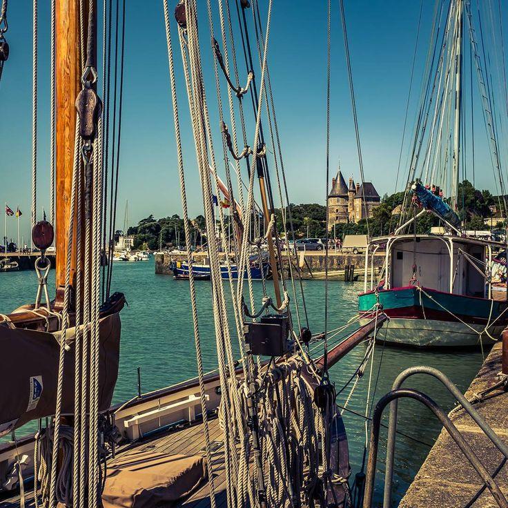 Pornic, Loire Atlantique #pornic #loireatlantique #boat #traditional #castle #bluebeard #France #Harbour