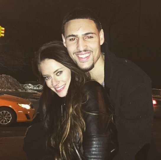 Klay Thompson is still dating internet famous Hannah Stocking  not anymore 2016!!!!