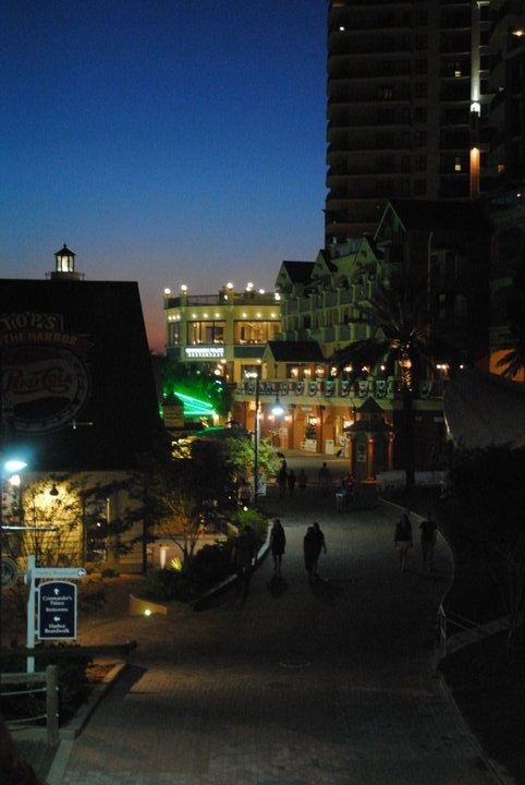 Baytown Warf, Destin Florida - YES!!!! Our vacay night life!