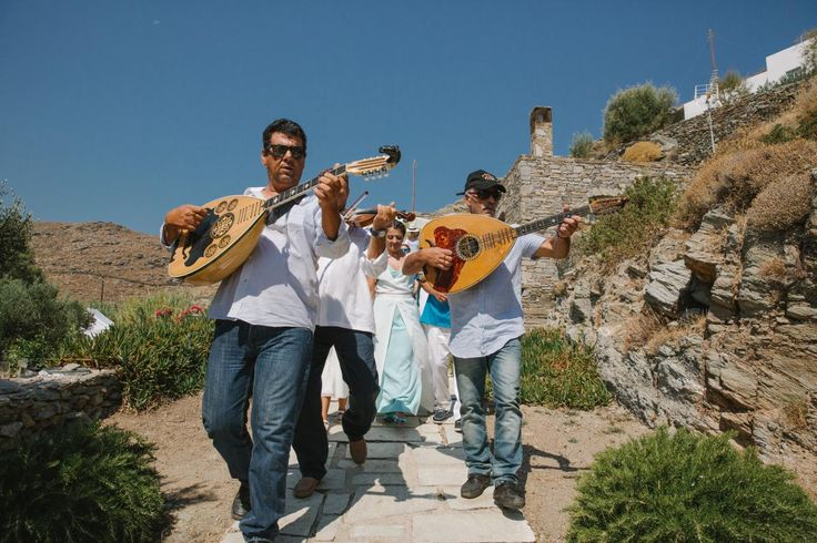 traditional band leading bride to the church Kythnos | lafete