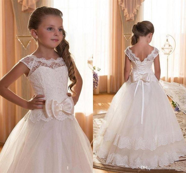 2017 New Cheap Flower Girls Dresses For Wedding Ivory White Lace Illusion Neck Bow Cap Sleeves Party Children Kids Party Communion Gowns