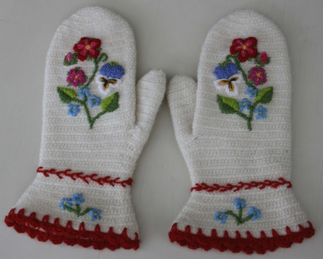 Womans Dalby mittens
