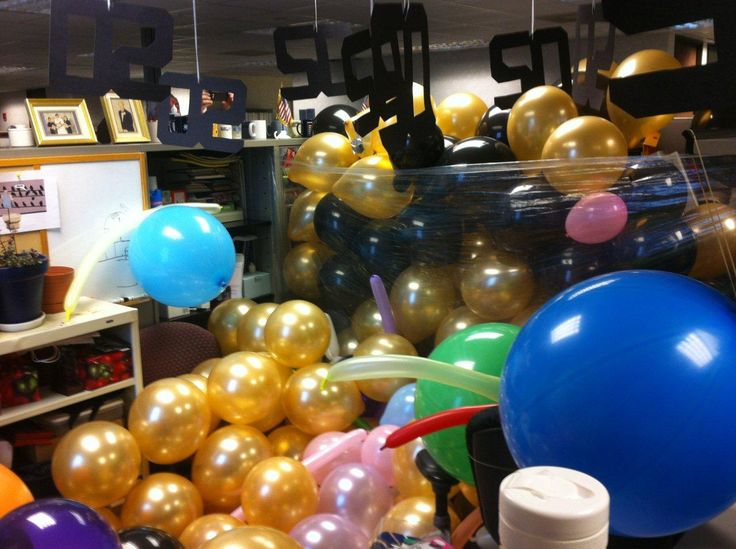 Inside of office 50th birthday cube prank cubicle for 50th birthday decoration ideas for office