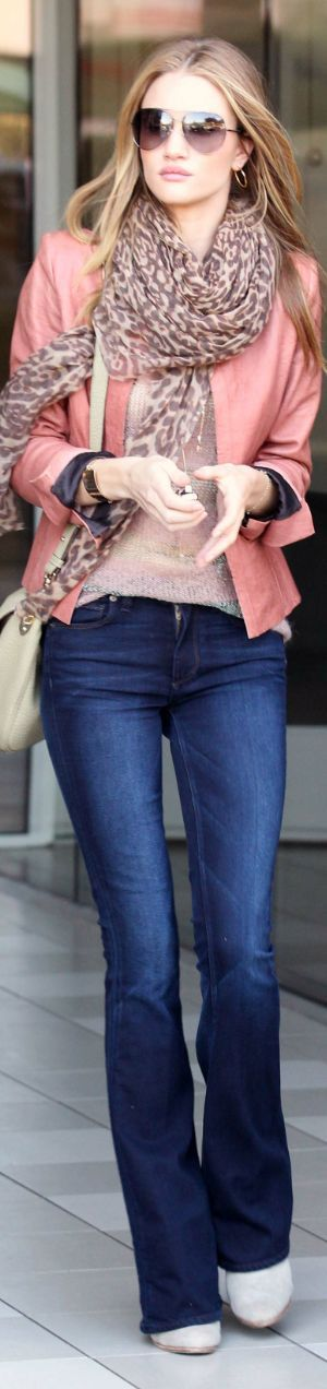 Pink jacket with leopard scarf and denim pant: Rosie Huntington Whiteley, Colors Combos, Denim Jeans, Blue Jeans, Cute Outfits, Street Style, Leopards Scarfs, Scarves, Pink Jackets