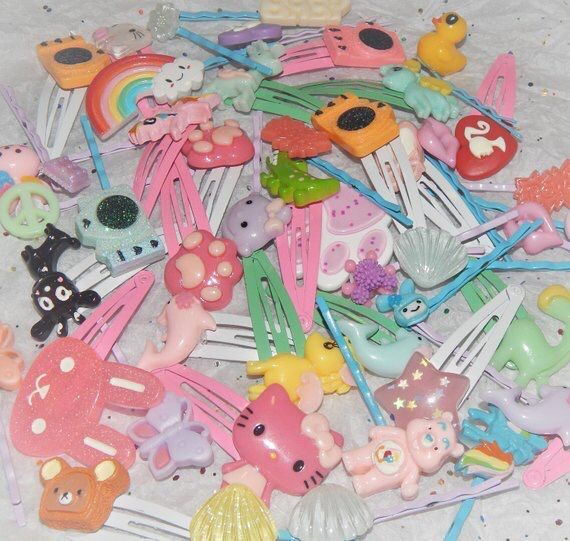 Pin By Tina On Accessories Hello Kitty Indie Kids Kawaii