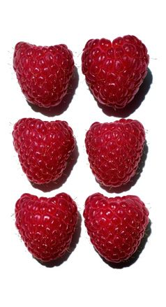 Raspberry: a sweet delight that nourishes the lips. #glossprodige