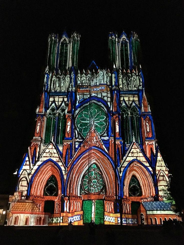 Kathedrale von Reims, Champagne, Frankreich. Artikel im Reiseblog: Reims - Städtereise mit Champagner und gutem Essen