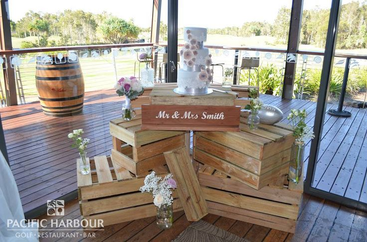 Beautiful decorations for Francesca & Michael's wedding on the Pacific Harbour Golf and Country Club deck.