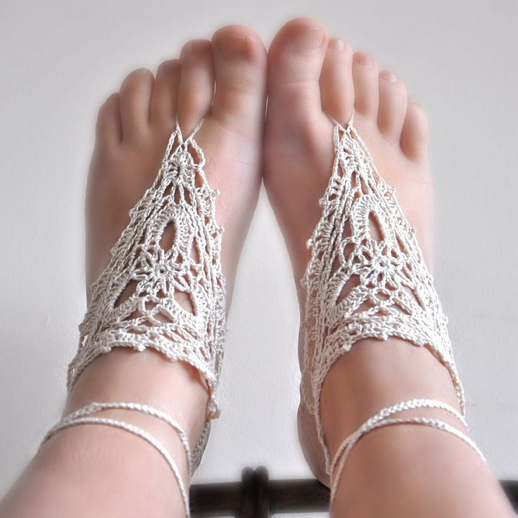 Pattern - Barefoot Crochet Sandals (pdf file)