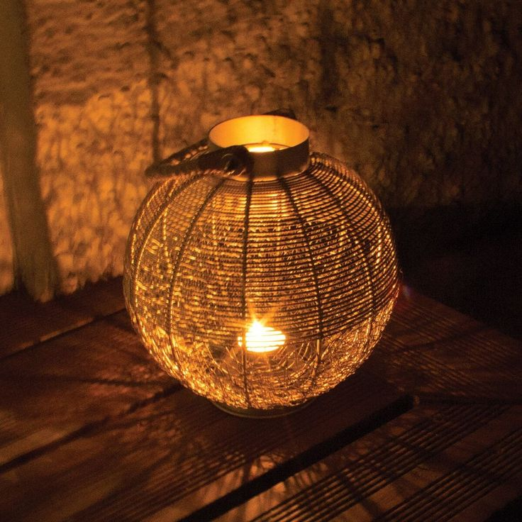 Wire Mesh Candle Lantern With Rope Handle