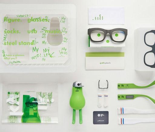 捆绑玩偶配件,Sticky Monster Lab X grafik:plastic 限定眼镜套装_腕表眼镜_新品发布_中国腕表眼镜网