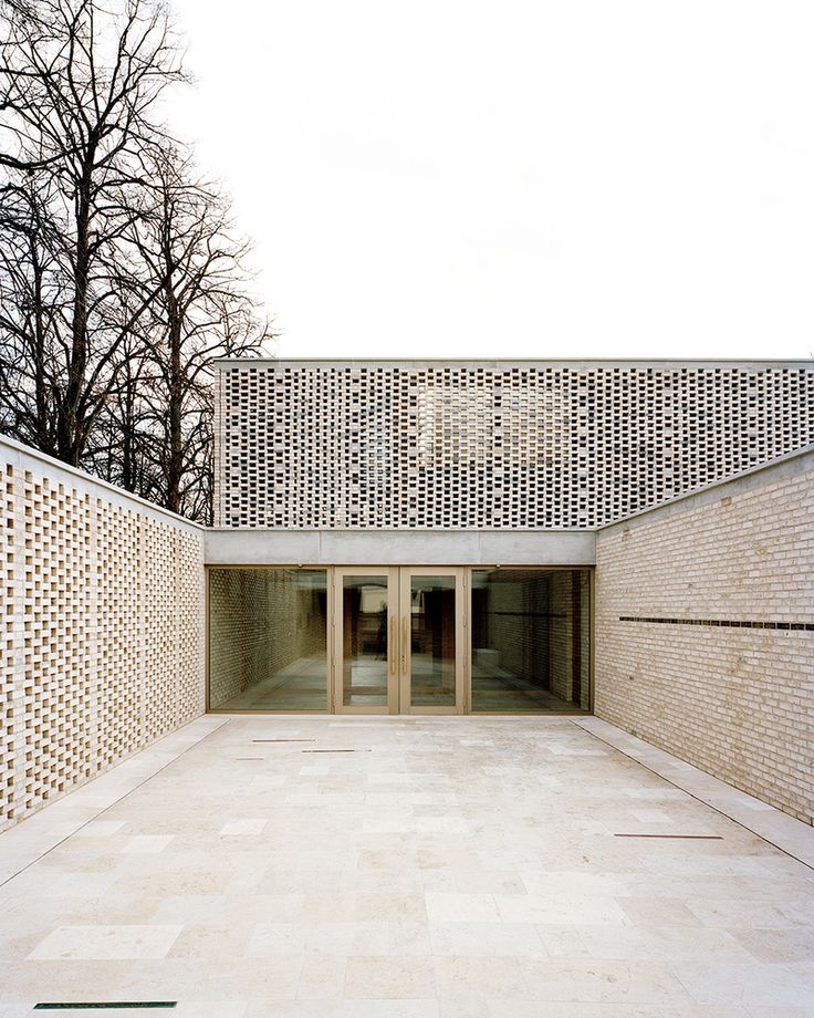 Gallery of Crematory in Basel / Architekturbüro Garrigues Maurer - 1