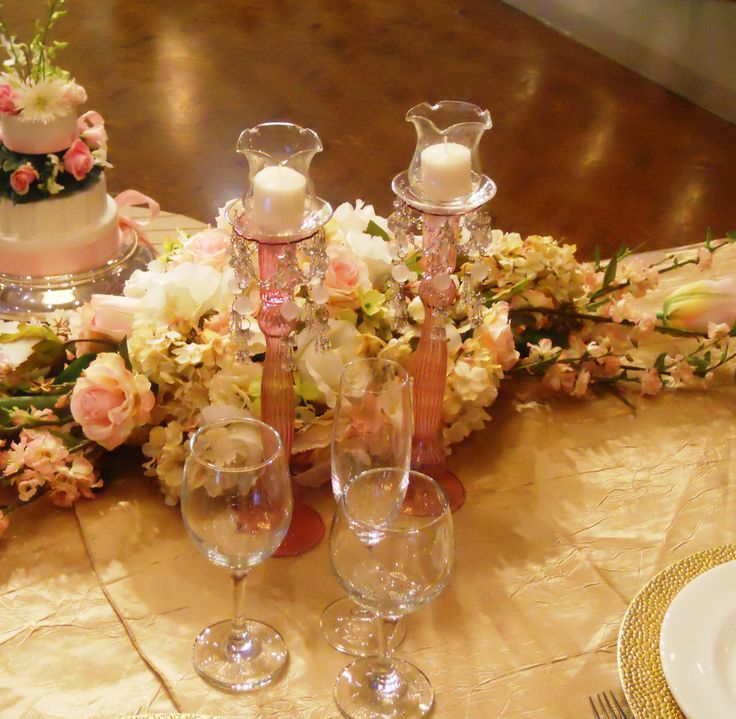 Head table centerpiece by Sonia Denny Events