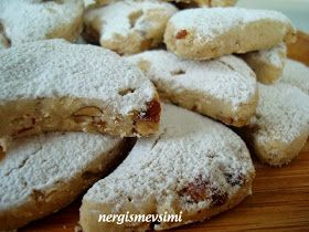 Tahinli kavala kurabiyesi tarifi Vegan kavala kurabiyesi tarifi Yumurtasız kavala kurabiyesi nasıl yapılır Tahinli bademli kurabiye tari...