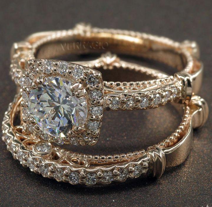 Engagement ring: Verragio
