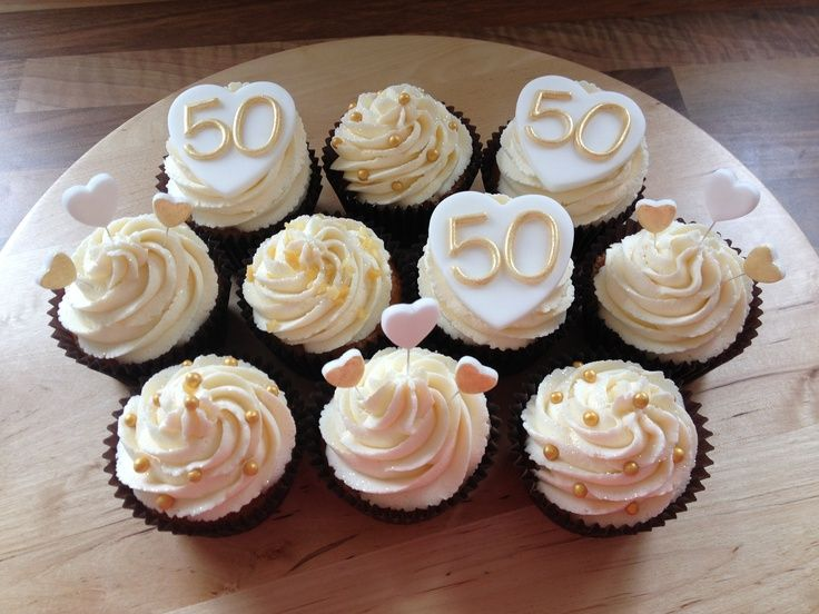 golden wedding cake with cupcakes 50th wedding anniversary cakes 50th golden wedding 14779