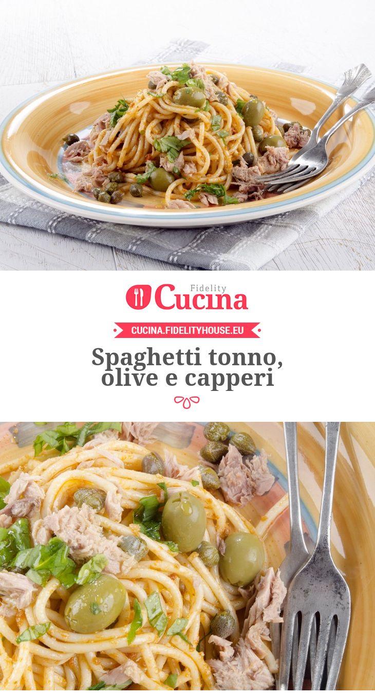 Spaghetti tonno, olive e capperi!!! Ottimi!!!Se vuoi stare leggera , usa solo 1-2 cucchiai d'olio evo e  70g pasta a persona