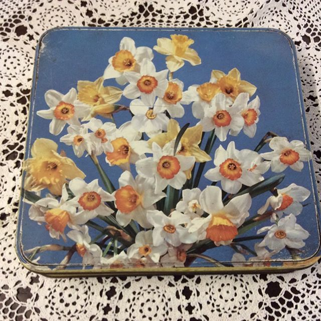 """$15 Cadbury tin, Claremont, Tasmania.  Great colour, has slight dent centre front.  23cm x 22cm. Ht 4.5cm.  Comment """"SOLD"""" to purchase. Price is + postage or collect from Toowoomba.  ##oldwares #collectables #collectablesforsale #vintagedecor #vintagedecorating #australiana #vintagetin #vintagekitchen #vintagekitchendecor #vintagehome #vintagehomedecor #vintagelove"""