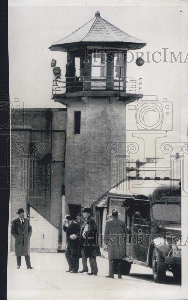 1952 Press Photo New Yorker James Moran Entering Sing Sing Prison Begin Sentence