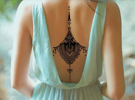 25 Back Tattoo Ideas For Women That Are Simply Wow! - Page 2 of 5 - Trend To Wear