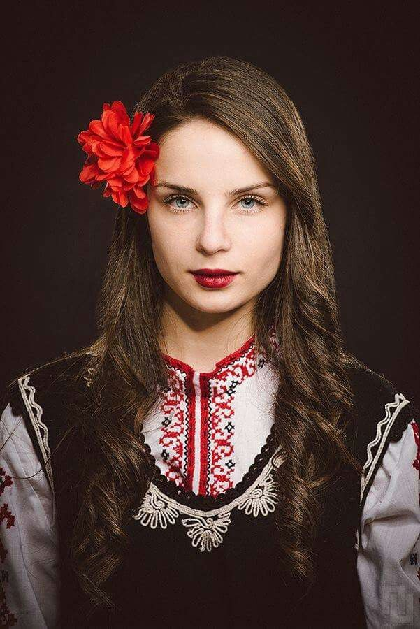 Bulgarian girl in traditional costume