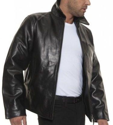 UN seul exemplaire dispo vendu neuf  : Blouson en cuir  290,00 € http://www.videdressing.com/blousons-en-cuir/schott-blouson-cuir-noir/p-2839983.html
