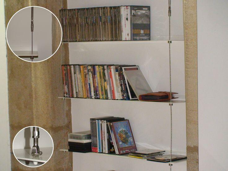 Librería en aluminio lacado y sistema de cables Q-railing