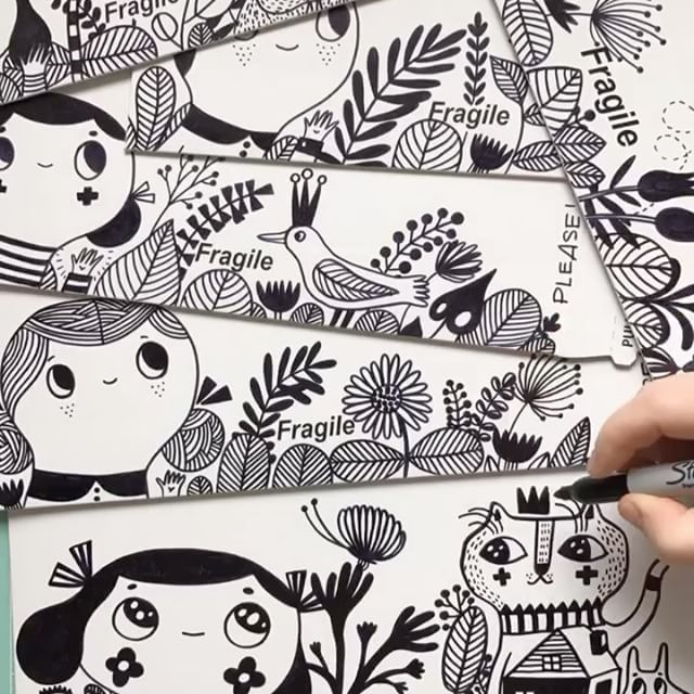 I have been decorating envelopes for the last 8 years... thousands of them... but today is the last time I'm doing it... I'll still decorate the envelopes for those who order original artwork... but not the prints... I've ran out of time for now... #envelopes #blackandwhite #sharpiedrawing #monochrome #drawing #timelapse #etsyshop #decorating