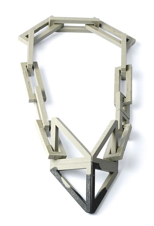 ZWARD Necklace: Deconstructed Geometrics Part Two Resin, magnet 605 x 64 x 35 mm: