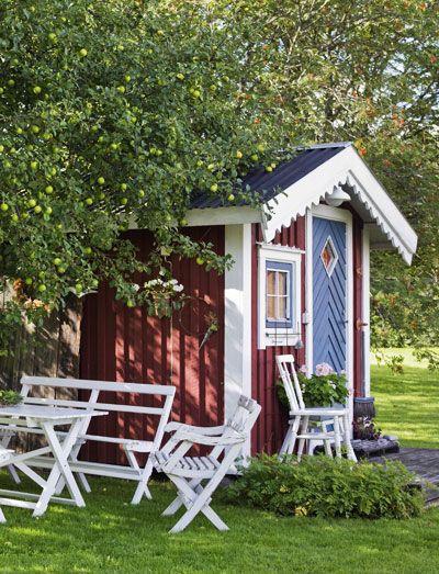 Idyllisch: tuinhuisje in Zweeds rood
