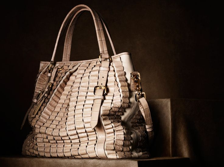 Burberry Regent Street Limited Edition Lowry Bag in Alligator