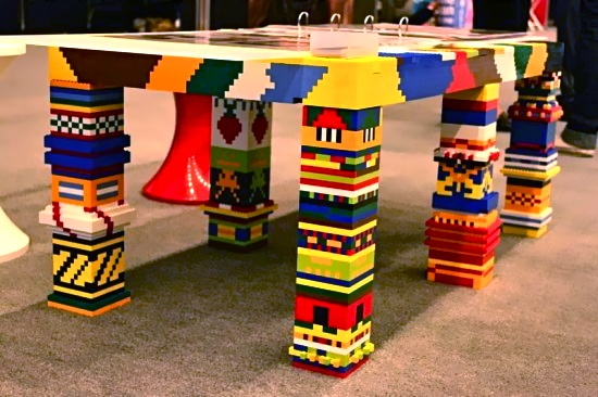 Got a houseful of LEGO bricks? Don't toss 'em - reuse 'em.: Awesome Lego, Kids Plays Rooms, Lego Ideas, Lego Tables, Cool Ideas, Lego Furniture, Lego Brick, Furniture Ideas, Cool Lego