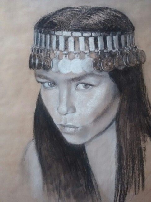 Mujer mapuche.carboncillo sobre papel, de felipe valenzuela
