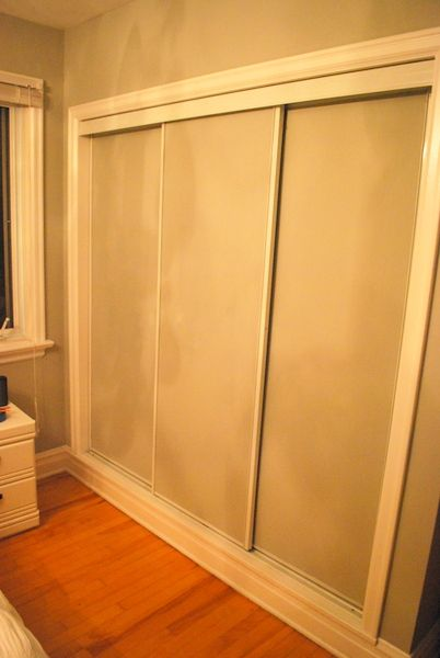 painted sliding closet doors: faux trim effect - the sweetest digs