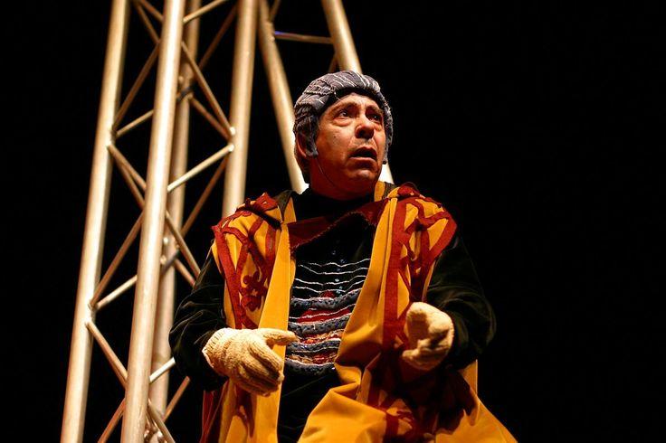 O ator Horácio Manuel, de O Bando, morreu no sábado, em Lisboa, aos 63 anos, disse fonte da companhia a que pertenceu desde 1975.