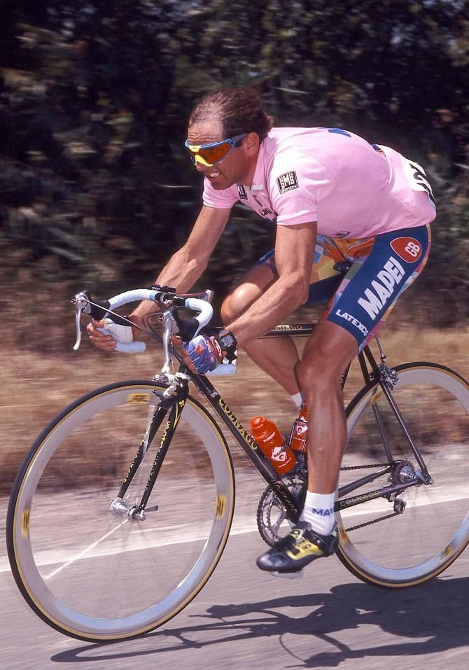 Tony Rominger in pink at the 1995 Giro d'Italia | Cycling ...