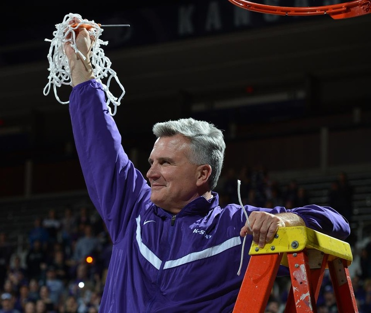 Congrats to head coach Bruce Weber on his contract extension through the 2018 academic year to continue his leadership of the K-State men's basketball program. Full release at http://www.kstatesports.com/sports/m-baskbl/spec-rel/041013aaa.html