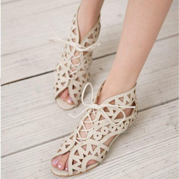 Большой Размер 31-43 Мода Вырезы Зашнуровать Сандалии Женщин Открытым Носком Низкие Клинья Чешские Летняя Обувь Пляжная обувь женщины AA516