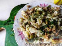 Фото к рецепту: Макароны с цветной капустой и горошком